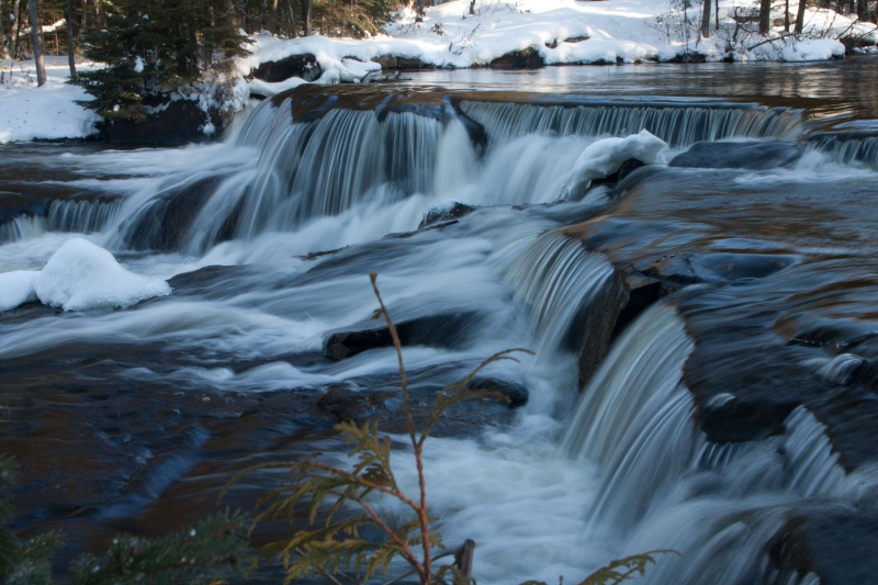 Bond Falls During Winter