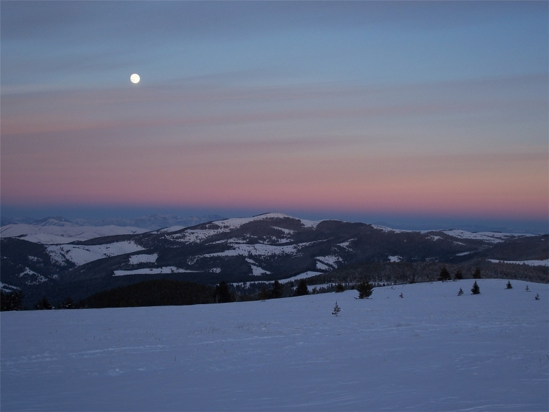 Mountaintop Moonrise