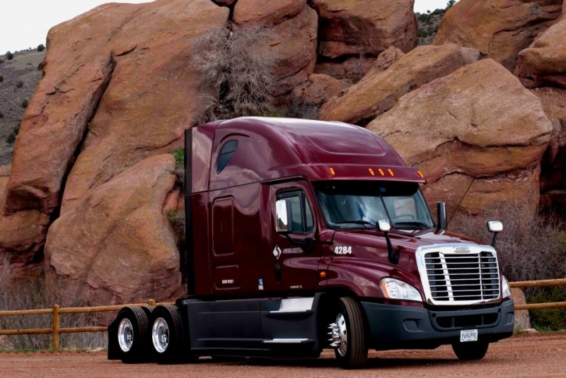 Freight Liner At Red Rock