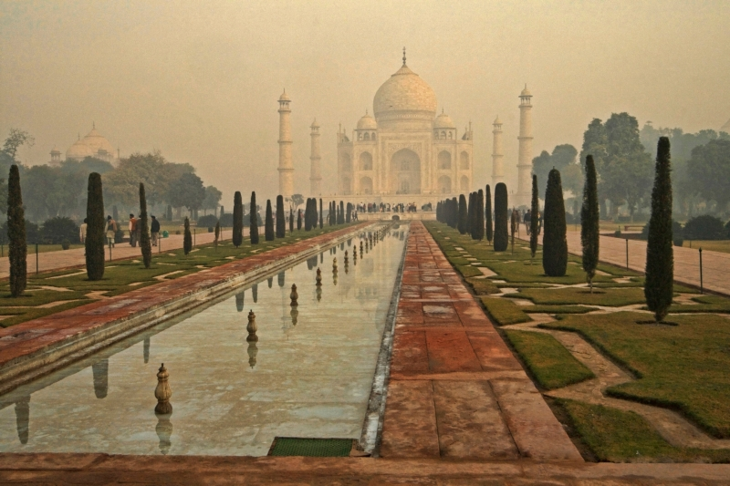 Taj Mahal In A Morning Mist