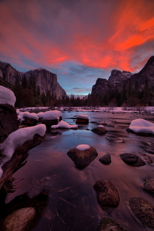 Yosemite Valley & The Red Veil