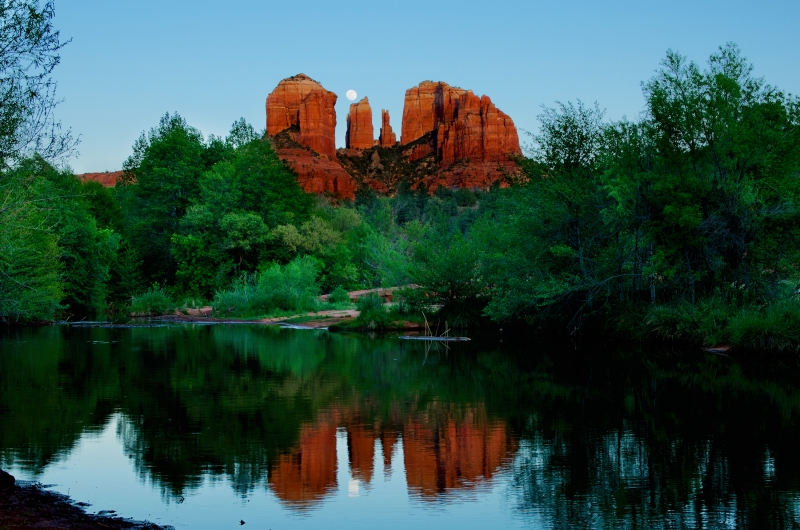 Moon Rise At Cathedral Rock