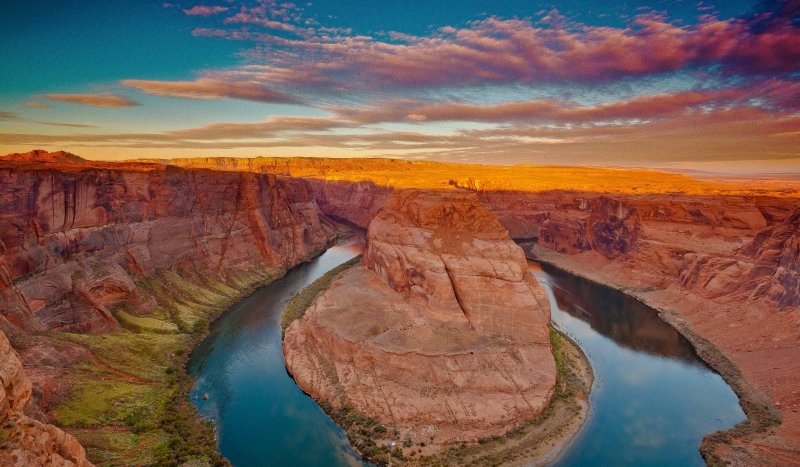 Horseshoe Canyon At Sunrise