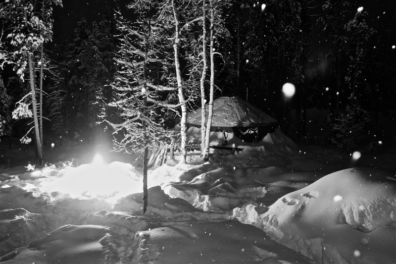 Snowy Night Yurtin
