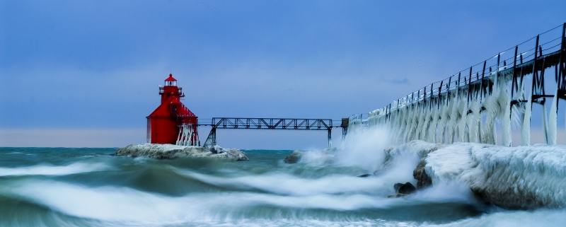 Rough Waters (sturgeon Bay North Pierhead Light)