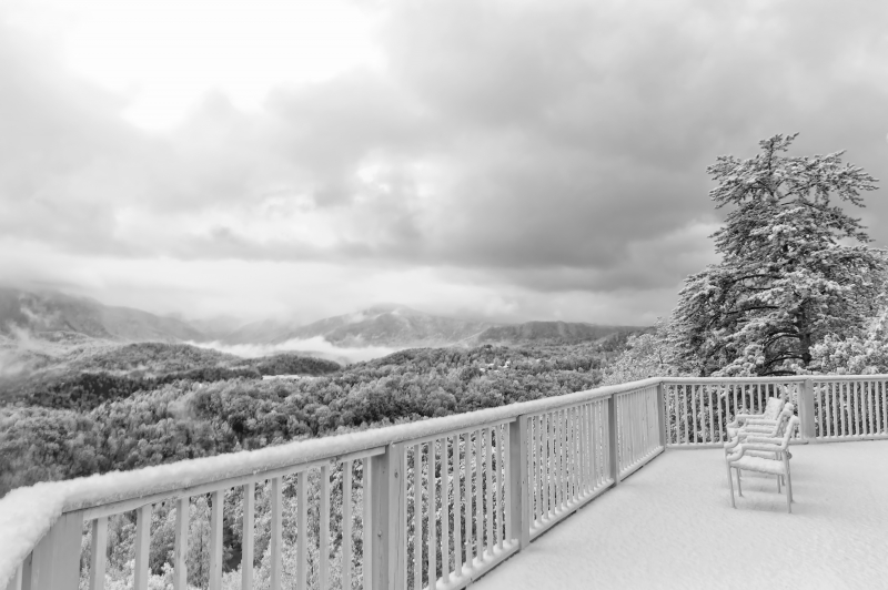 Winter Snowfall In Gatlinburg