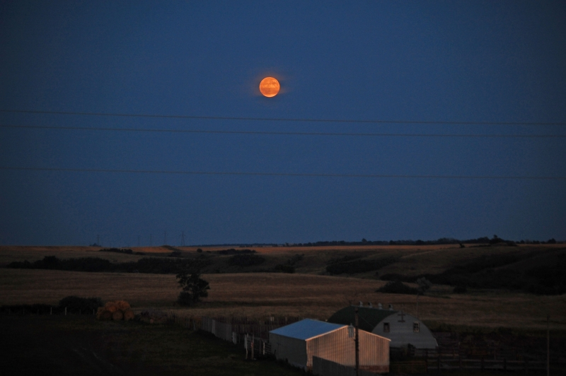 Moonrise Washburn North Dakota