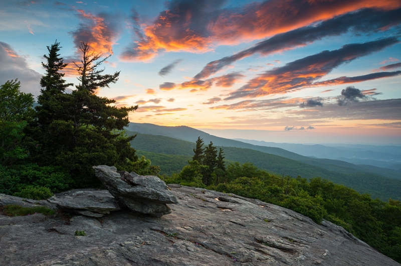 Grandfather Mountain Blue Ridge Parkway Nc Beacon Heights At Sunrise