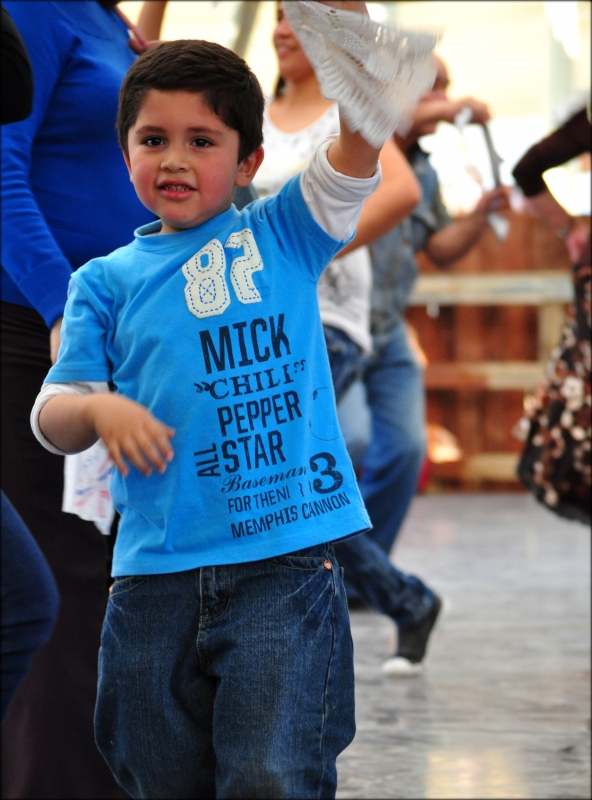 Kid Dancing Cueca