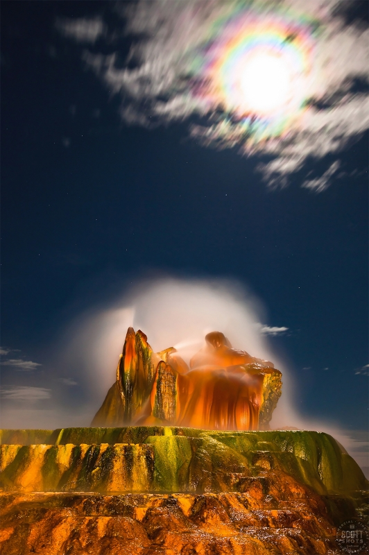 Full Moon Over Fly Geyser 1