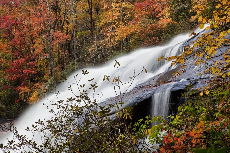 Rainbow Falls Close-up In Fall