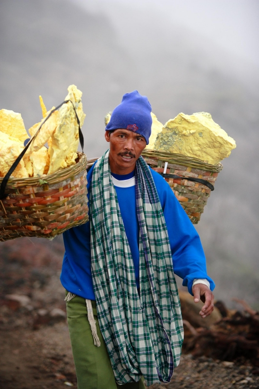 Sulphur Miners At Mount Ijen