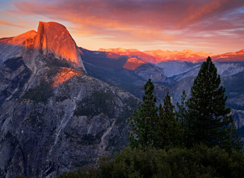 Alpineglow On Half Dome
