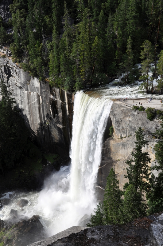 Vernal Falls, Yosemte
