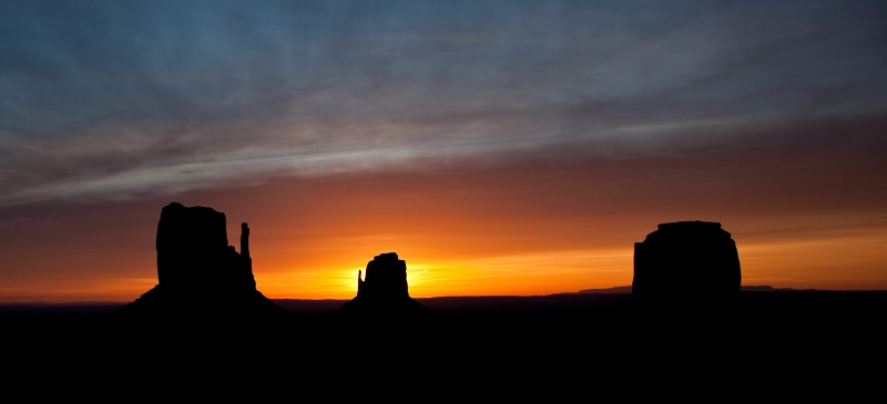 Sunrise In Monument Valley With Mittens And Merrick Rock