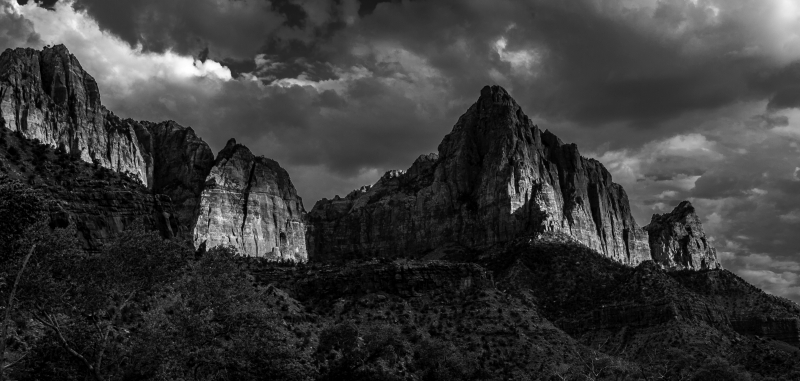 Zion Black And White – Late Evening Sunset
