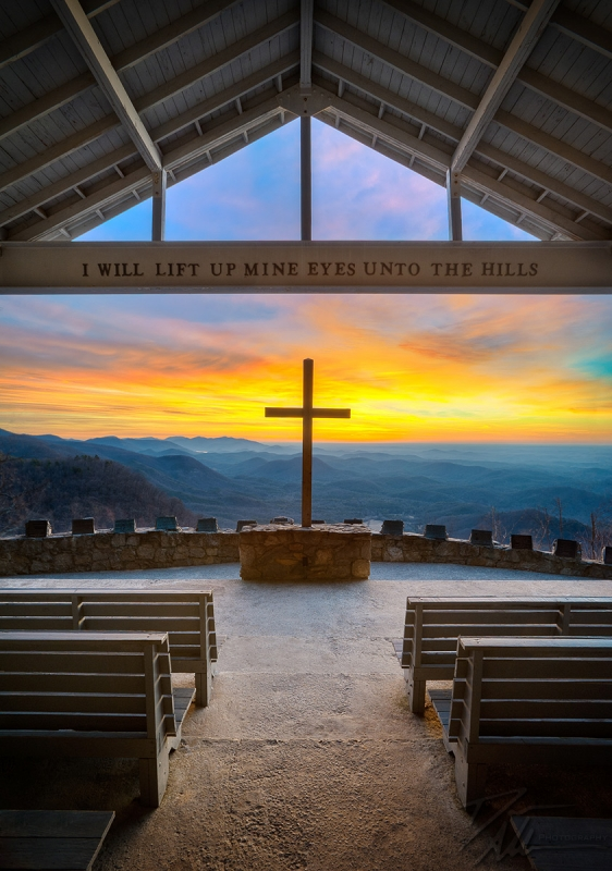Pretty Place Chapel Sunrise – Blue Ridge Mountains