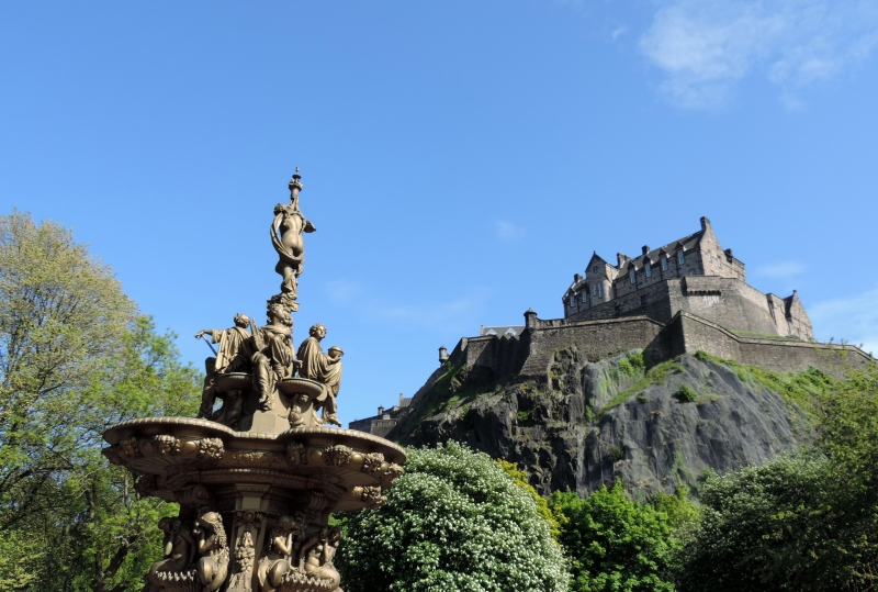 Glorious Edinburgh Castle