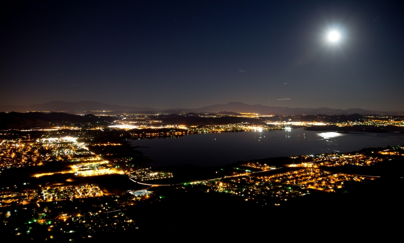 Moon Over Elsinore