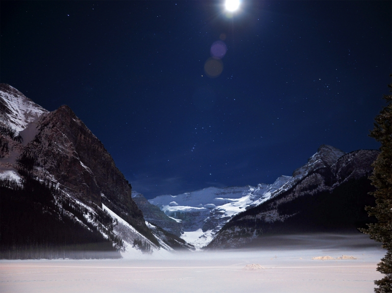Lake Louise Moon Spot Light