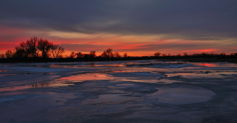 An Icy Platte River