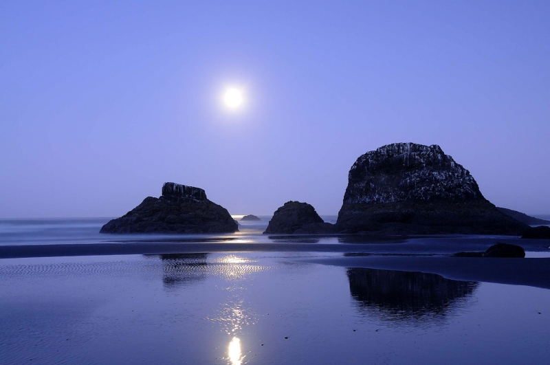 Moonset At Ruby Beach