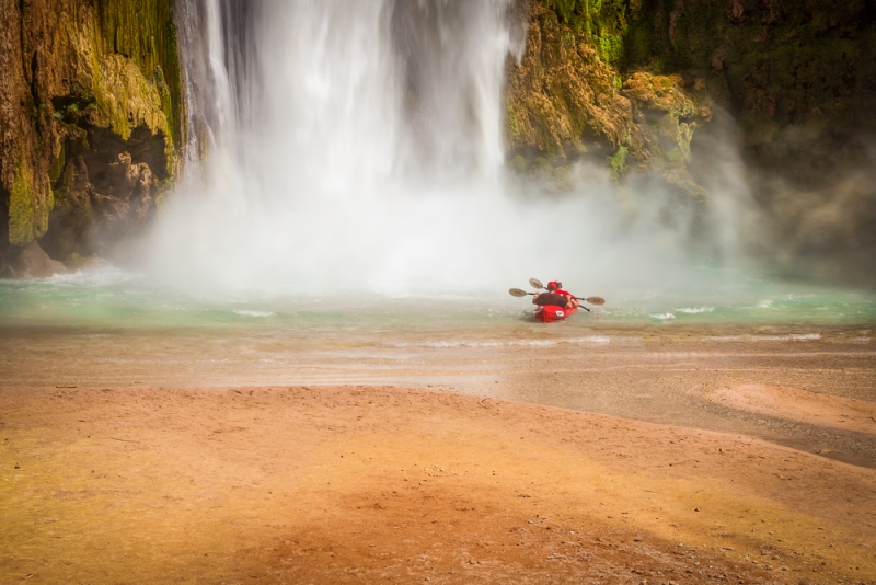 Kayaking Mooney Falls