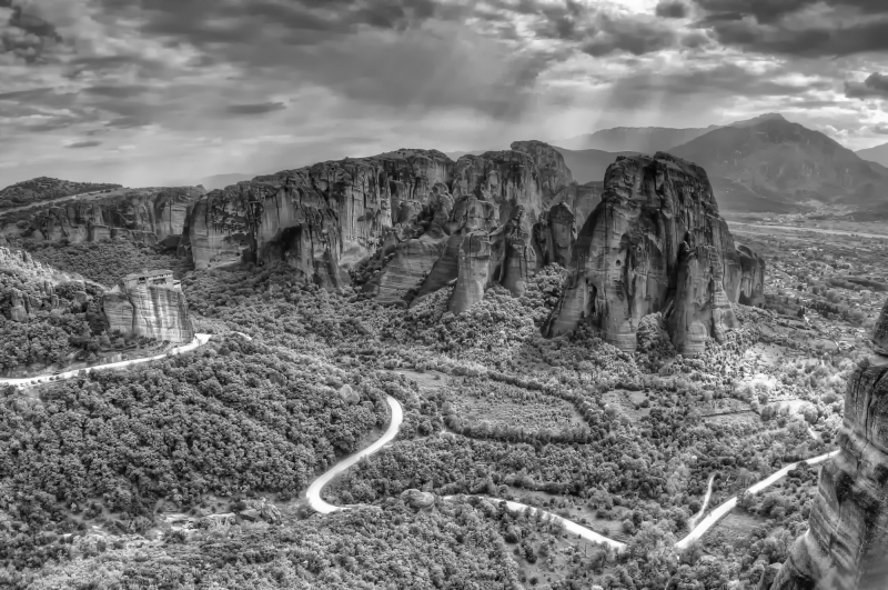 Meteora – The Sacred Rocks