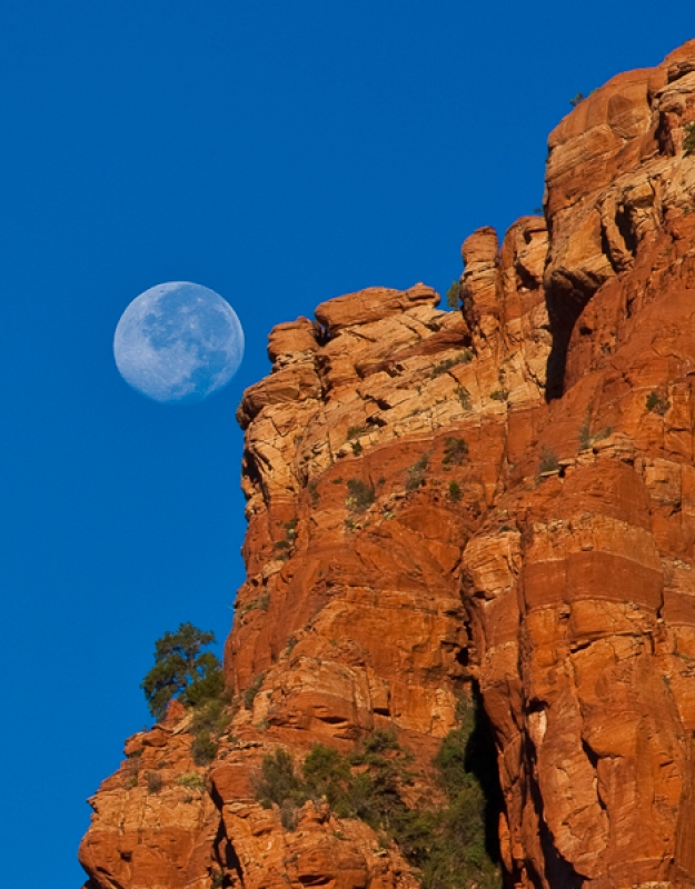 Red Rock Moon