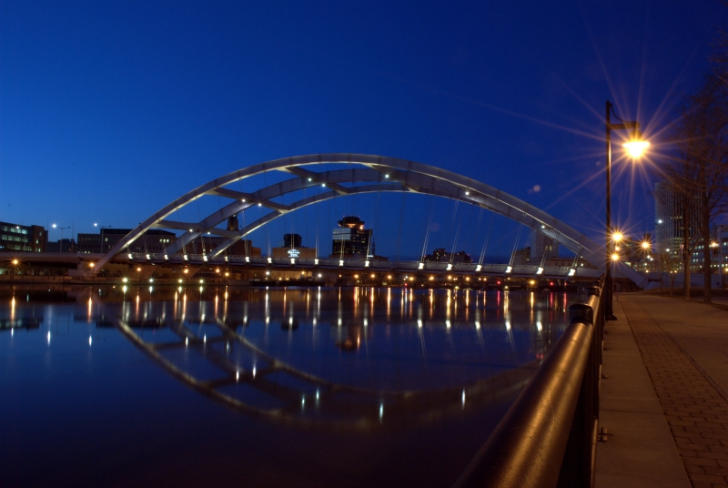 Frederick Douglass-susan B Anthony Memorial Bridge
