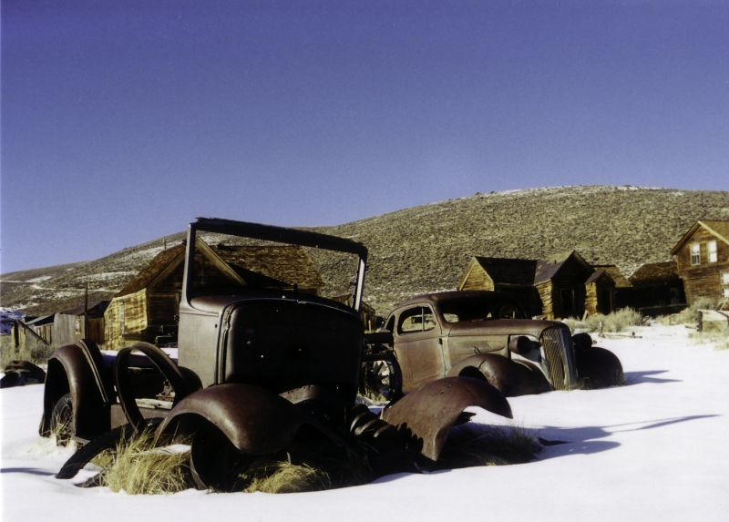 Bodie, Old Cars