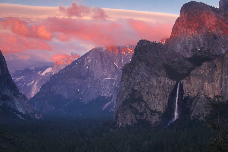 Yosemite Valley Bridalveil Fall At Sunset.