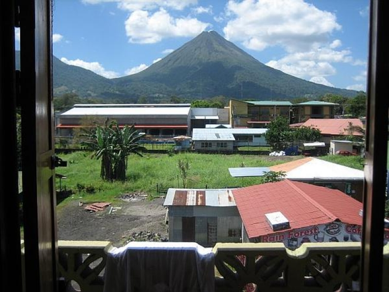 Volcano Arenal And Neighborhood