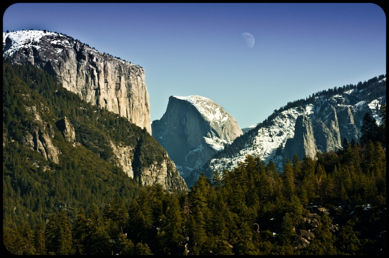 Halfdome And The Moon