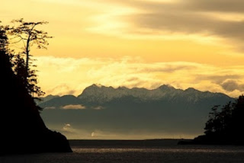 Olympic Mountains From Deception Pass State Park, Wa Usa