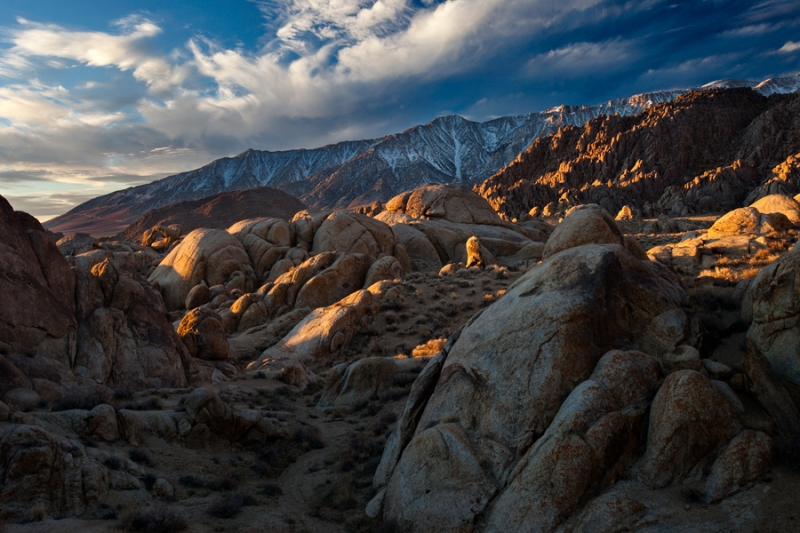 Sunrise, Alabama Hills And Sierra Nevada Mountains