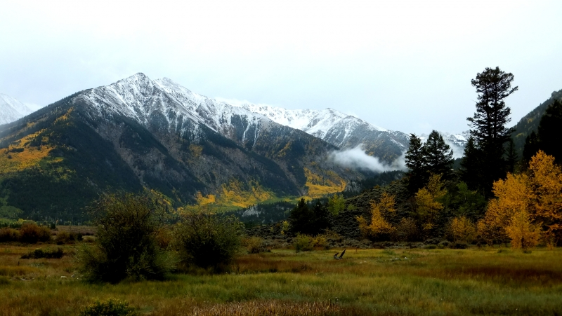 Early Snow And Fall Color In The Rockies
