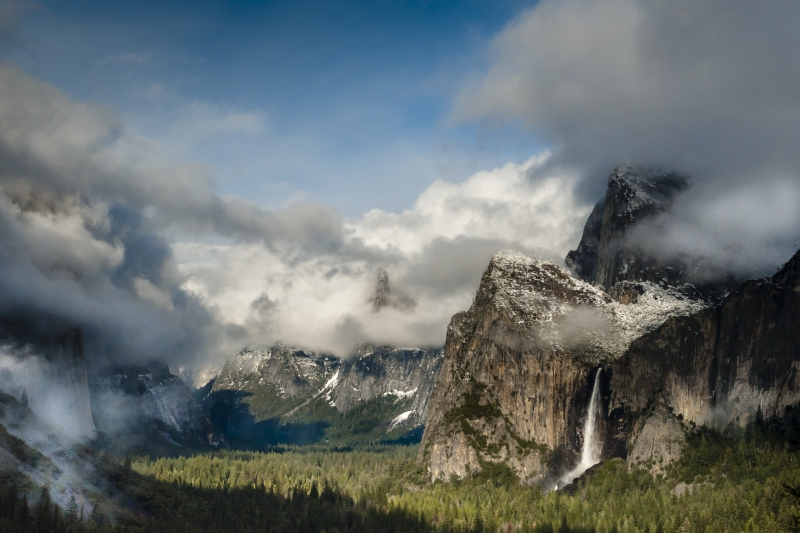 Gathering Storm, Tunnel View