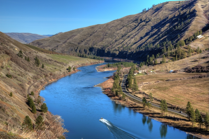 Boating Up Clearwater River (idaho)