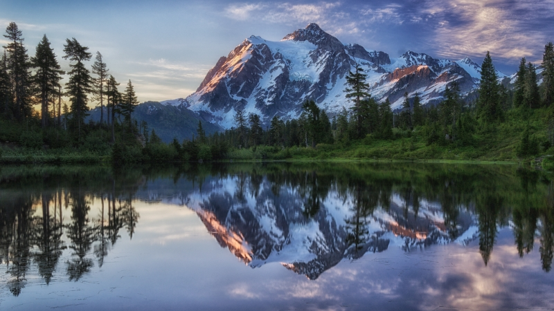 Sunrise On Mount Shuksan