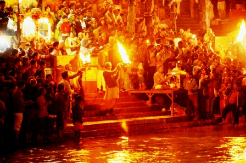 Evening Arti (worshipping) The Ganges