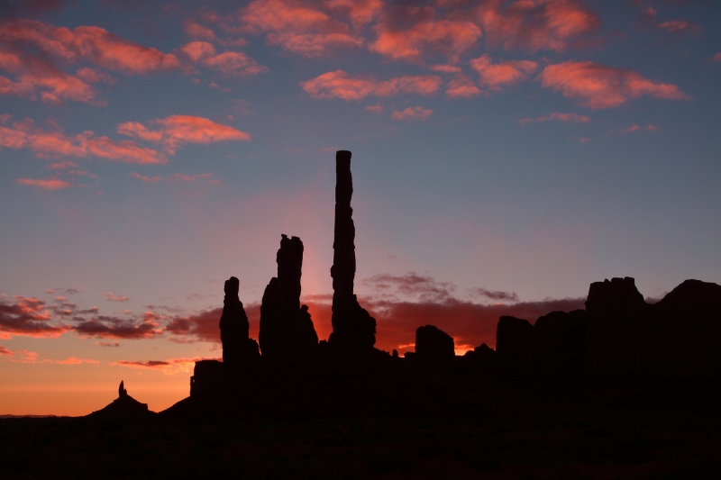First Light At Yei Bi Che And The Totem Pole