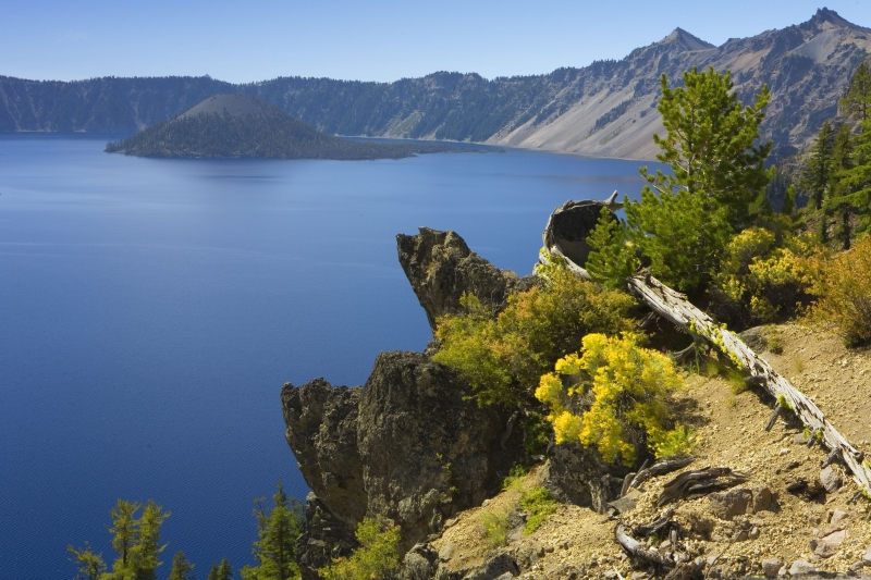 Crater Lake Colors
