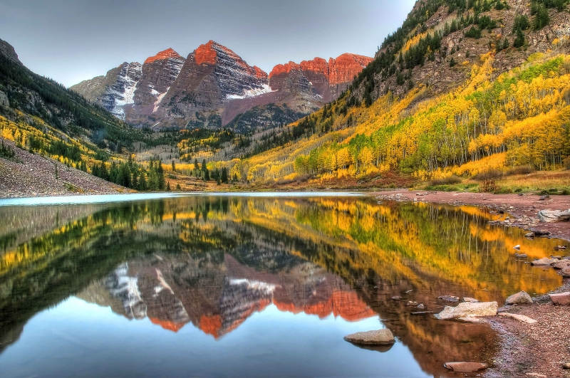 Sunrise At The Maroon-bells