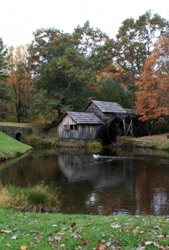 Fall @ Mabry Mill