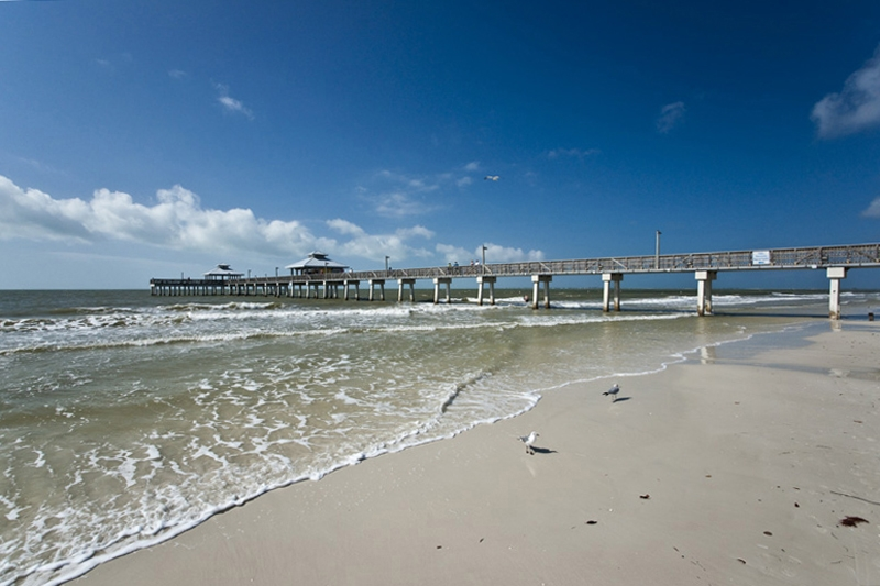 Fort Meyers Beach  Pier
