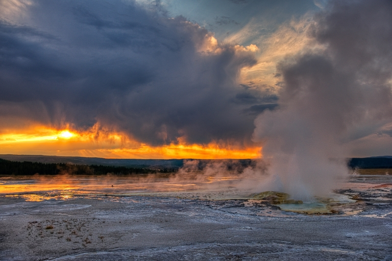 Clepsydia Geyser At Sunset