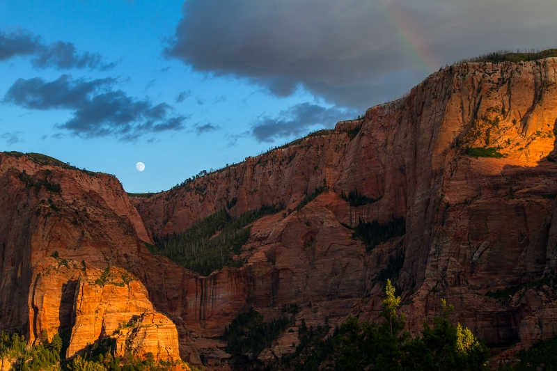 Kolob Canyon Moonrise