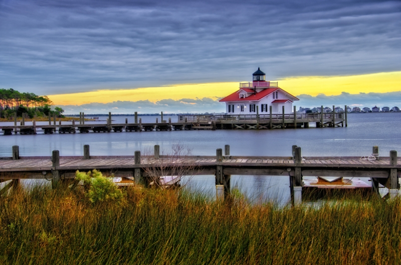 Manteo Light, Roanoke Marshes Trading Company