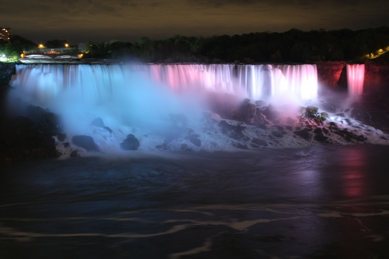 Us Falls At Night